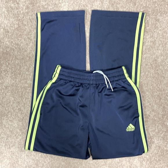 Adidas medium 10/12 jogging pants navy blue